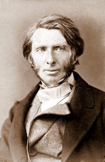 """El ensayo de John Ruskin, titulado """"Las siete lámparas de la arquitectura"""", detalla los principios de la arquitectura."""